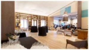 La Roca Village Lounge